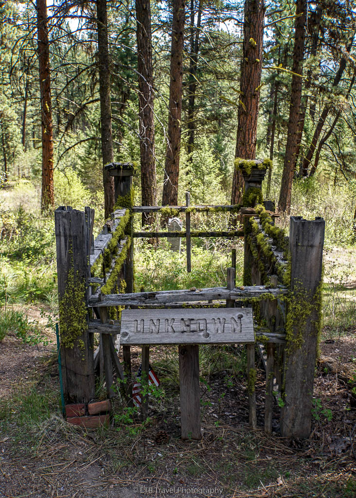 unknown grave at pioneer cemetery in idaho city