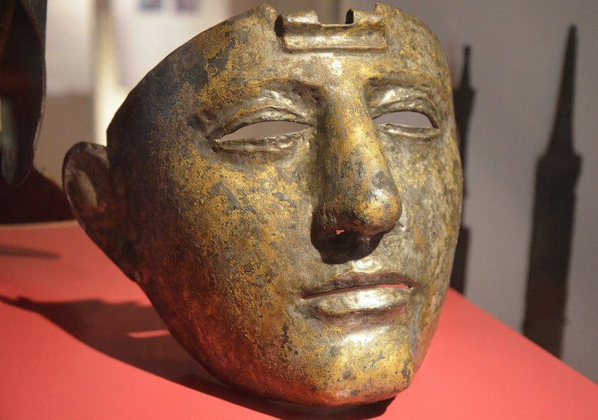 Cavalry Face-Mask Helmet (Type Nijmegen-Kops Plateau), brass sheet on iron core, dating to the 1st or 2nd century CE. (Rijksmuseum van Oudheden, Leiden, Netherlands)