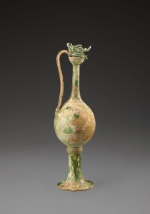 Monumental Ewer with Dragon Top. Probably Gongxing kilns, Henan Province, China, 825-50 CE. Acc. No. 2005.1.00900-1/2–2/2. Copyright © Asian Civilisations Museum, Singapore. Photo by John Tsantes and Robert Harrell, Arthur M. Sackler Gallery.