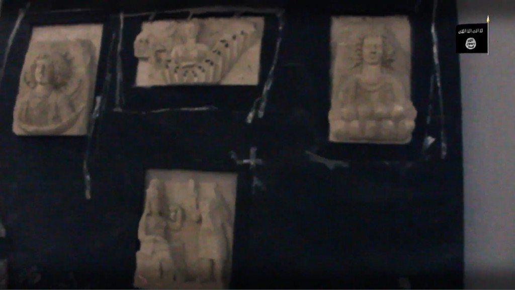 Clockwise from far right: Maren, Marten receiving a worshiper, the moon god Barmaren, Marten again.
