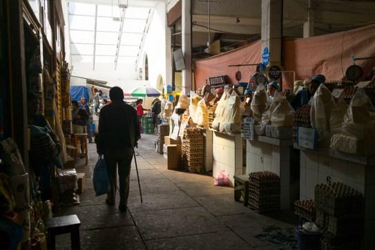 De quoi faire quelques omelettes au marché central de Sucre
