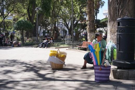 Vendeuse de pipoca de la place principale de Sucre.