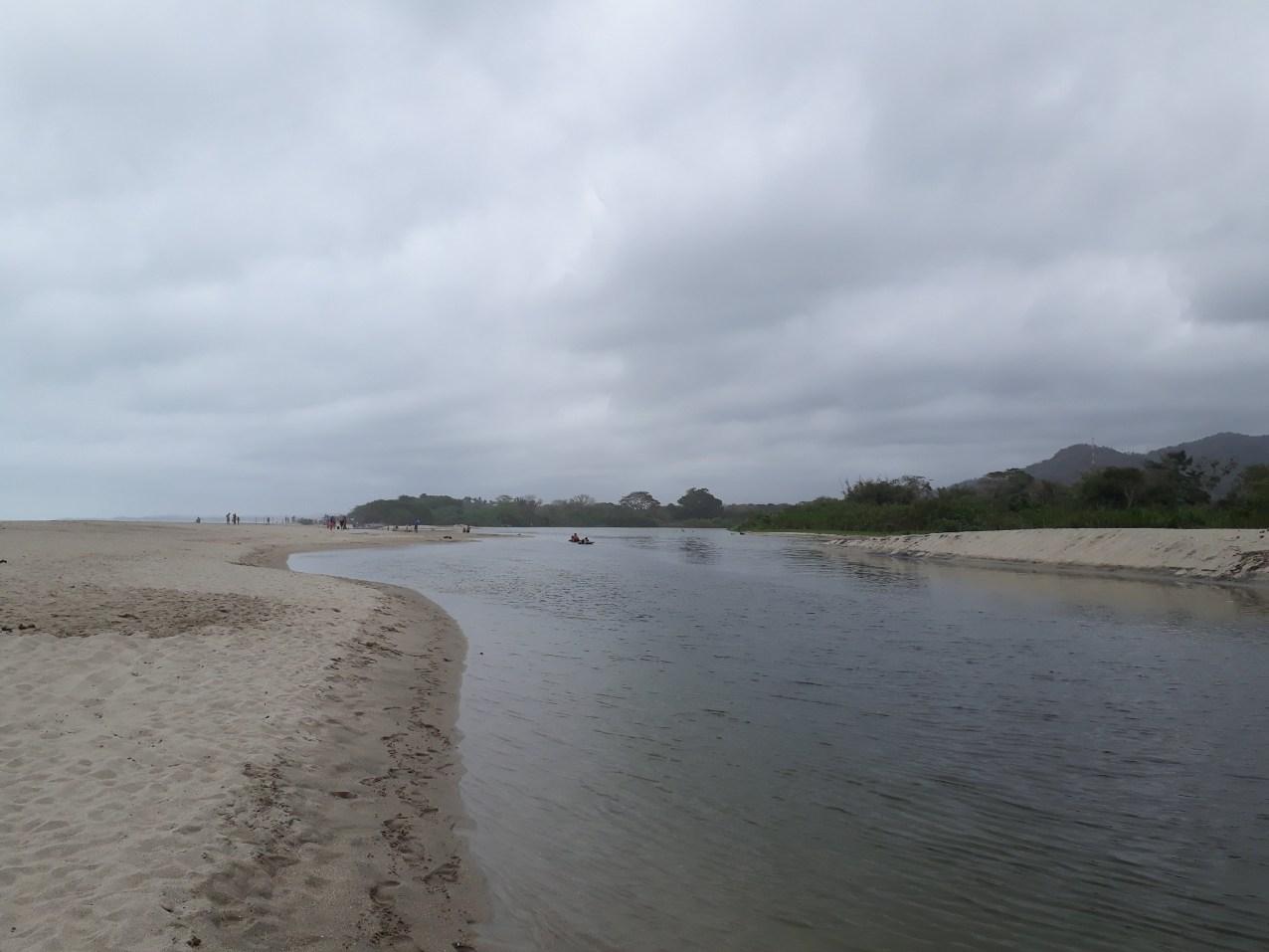 L'embouchure du fleuve Palomino.