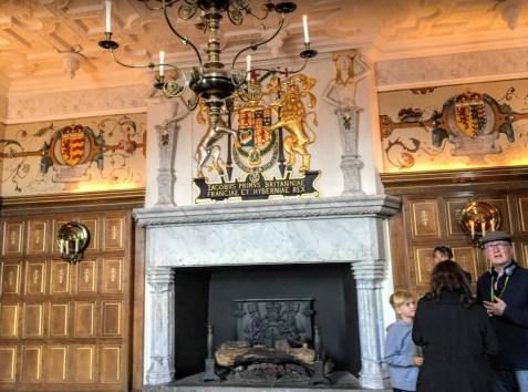 レイ・ホールの大理石の美しい暖炉(Photo by 朝比奈)