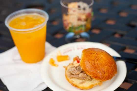 BBQ pork slider, tuna poke and Mai Tai