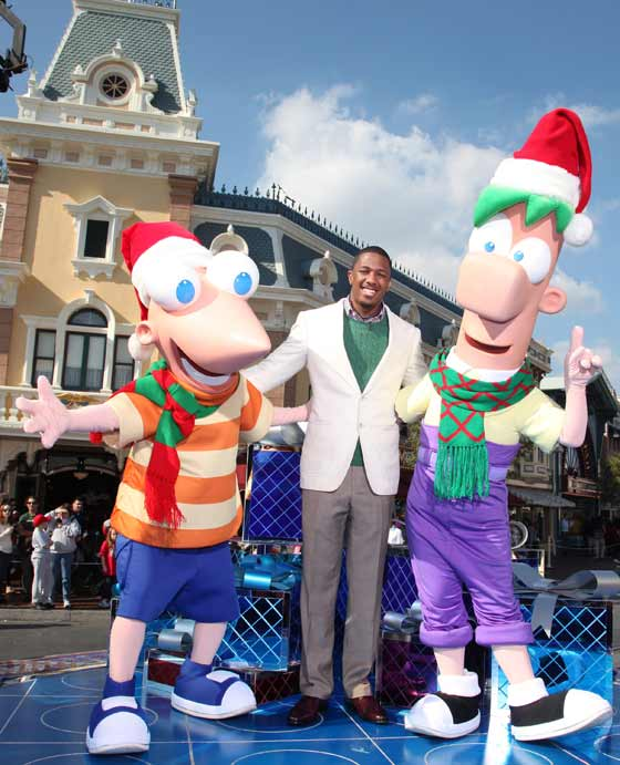 Nick Cannon host of Disney's 2012 Christmas Parade