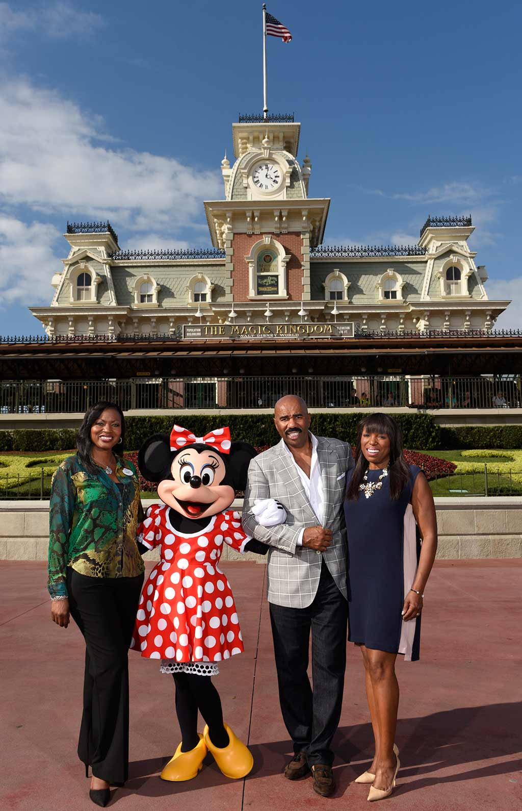 Tracy Powell, Minnie Mouse, Steve Harvey and and Mikki Taylor