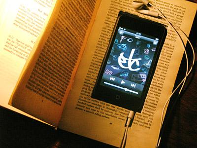 Libro ahuecado porta iPod Touch