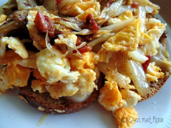broodje met witlof spek honing en ei