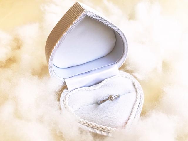 神奈川結婚相談所「婚約指輪いらない」