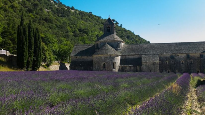 Provence Villages - abbaye de senanque