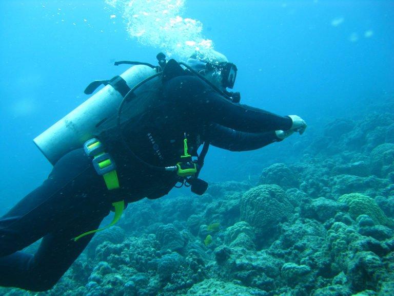 learn to scuba dive in vanuatu
