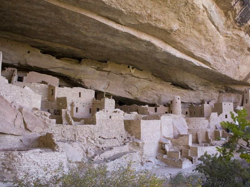 the cliff dwellings of mesa verde national park
