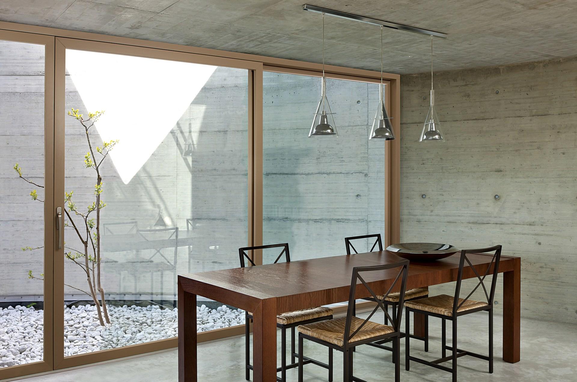 Eterno aluminium timber composite windows minimalist frame extra large sliding balcony door to garden