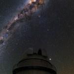 Babak Tafreshi e o grande telescópio Dinamarquês no ESO