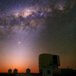 ESO: Pôr do Sol romântico sobre o VLT – Very Large Telescope
