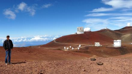 http://www.anu.edu.au/files/styles/anu_gallery_big/public/story/Zhou_at_maunakea_credit__Daniel_Bayliss_smaller.jpg?itok=rWz42UOm