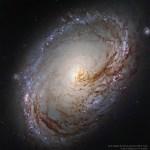 M96 revelada por Robert Gendler via Hubble