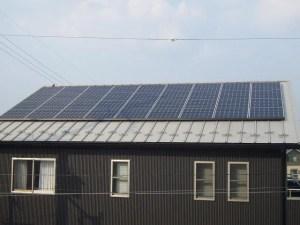 シャープ金属屋根の太陽光発電