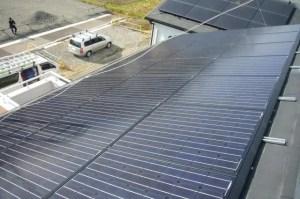 太陽光スレート設置