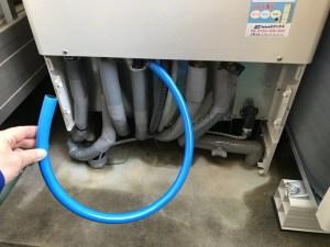 エコキュートの非常用取水栓にホース