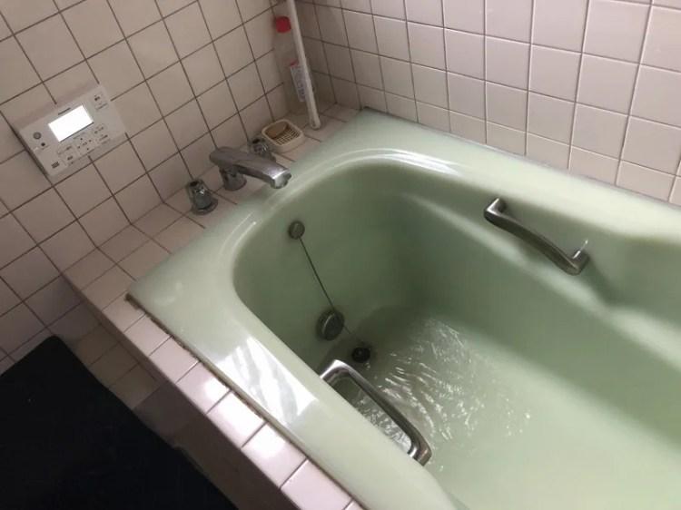 試運転で水でお風呂を貯める