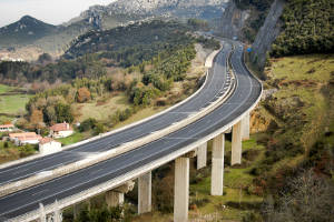 Lyxor launches US and European infrastructure ETFs