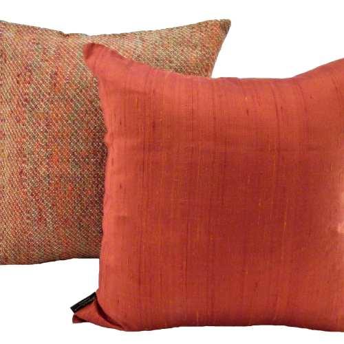Le Cocon – Coussin Laine Et Soie - Orange + Coussin Soie Sauvage Nature - Orange Sanguine