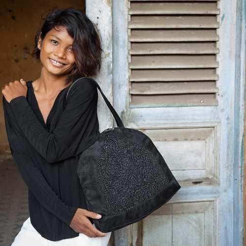 Angular – Eco-friendly Shoulder Bag – Black