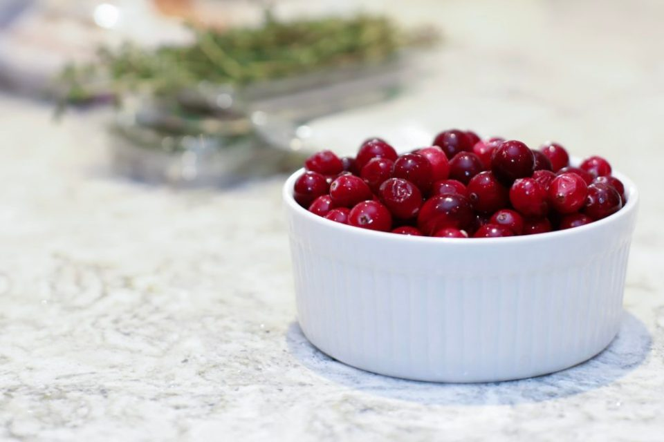 ocean-spray-cranberries-save-on-foods