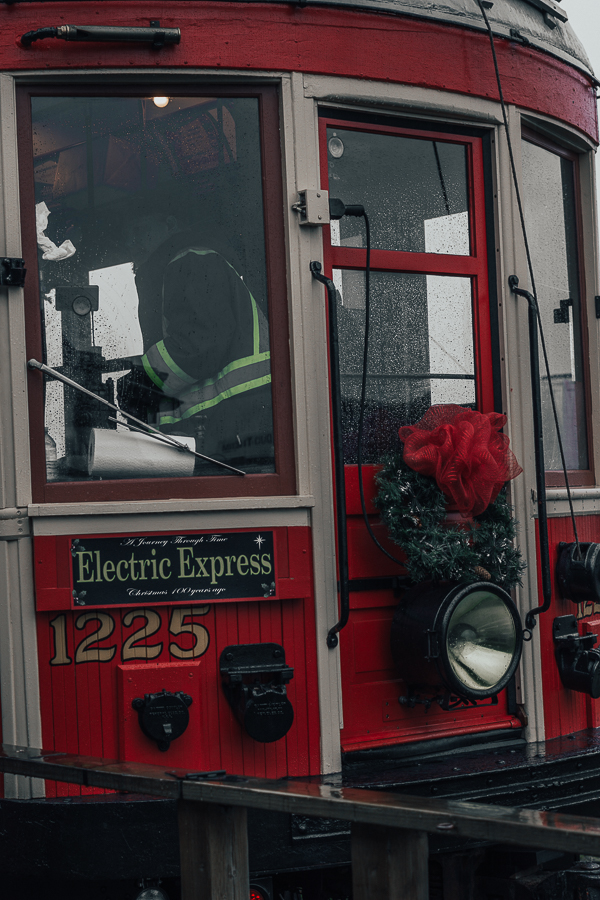 surrey-electric-express-cloverdale-christmas-family-things-to-do