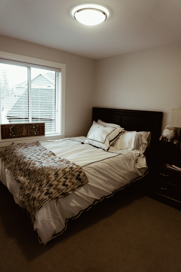 spare-bedroom-south-surrey-home-tour-new-build