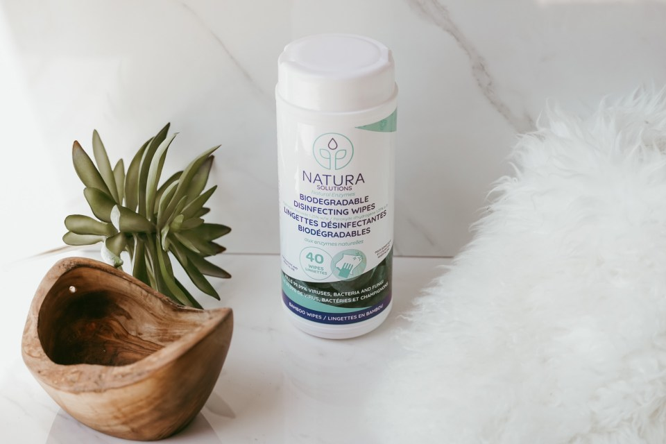 biodegradable-disinfecting-wipes-natura-solutions