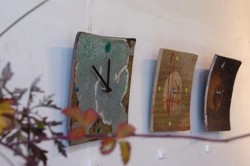 陶板の壁掛け時計