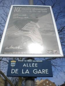 jpg/L_allee_de_la_gare_au_Mee_sur_Seine.jpg