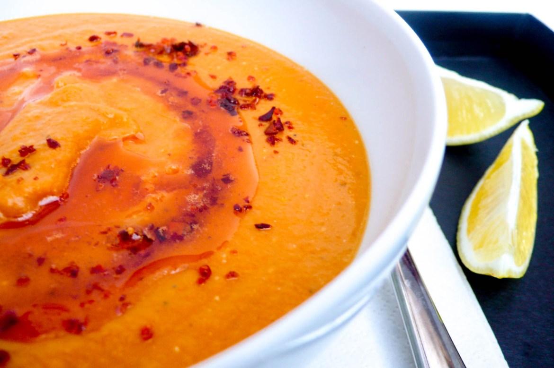 Rød linsesuppe - oppskrift / Et kjøkken i Istanbul