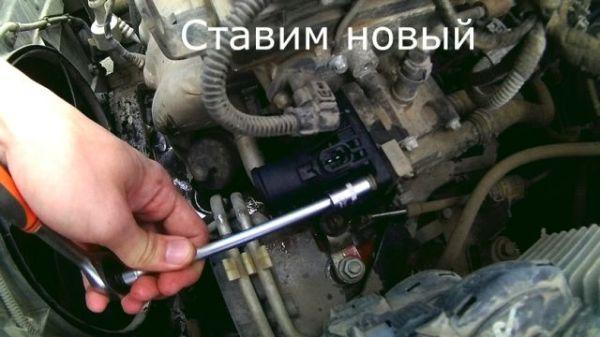 Как заменить термостат на Опель Астра J своїми руками ...
