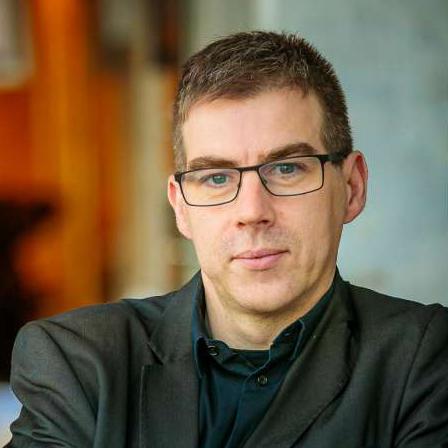 Dr. Peter Tom Jones