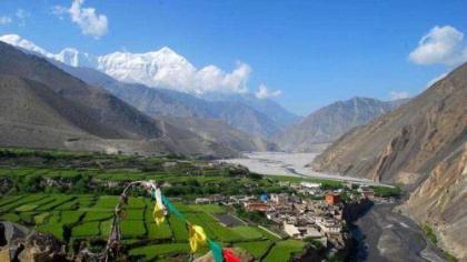 Nepal: Reviving tourism