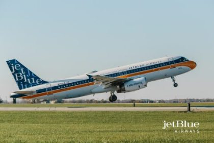 JetBlue celebrates the Jet Age with new RetroJet design