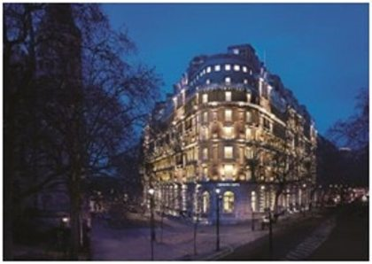 Guaranteed US dollar rate at the Corinthia Hotel London: One US dollar = one British pound
