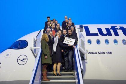 Welcome home! Lufthansa A350-900 lands in Munich