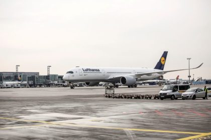 World's most modern long-haul airplane makes appearance at Frankfurt Airport