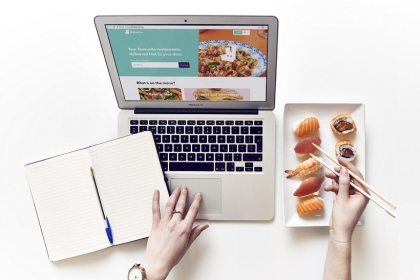TripAdvisor and Deliveroo bringing restaurant delivery services to hungry travelers in Asia Pacific, Europe and Middle East