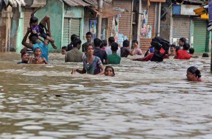 Over 200 people killed in Gujarat floods