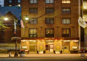 Hilton New York Grand Central guests ratings: The Best and the Worst