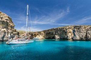 Crystal Lagoon, Malta / courtesy of ViewingMalta.com