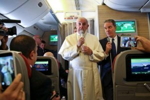"""Pope Francis has a message of Aloha for Hawaii: """"I think we are at the very edge"""""""