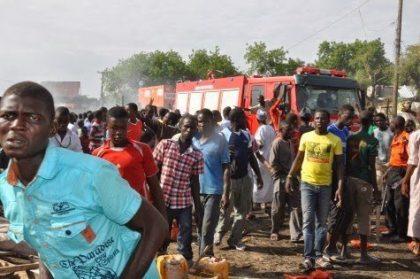 18 killed in Nigerian market suicide bombing