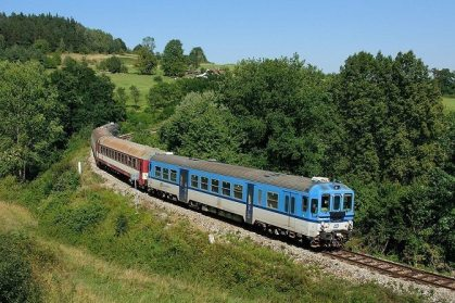 At least 14 injured in Czech passenger train collision